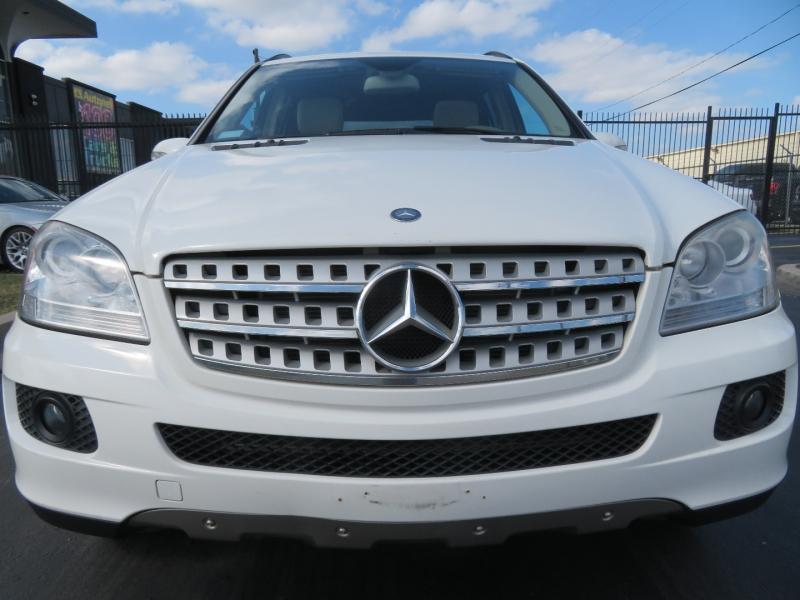 Mercedes-Benz M-Class 2007 price $6,995