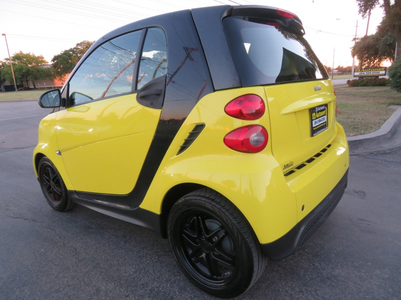 Smart fortwo 2013 price $5,490