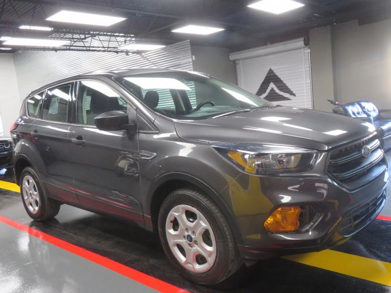 Ford Escape 2019 price $14,490