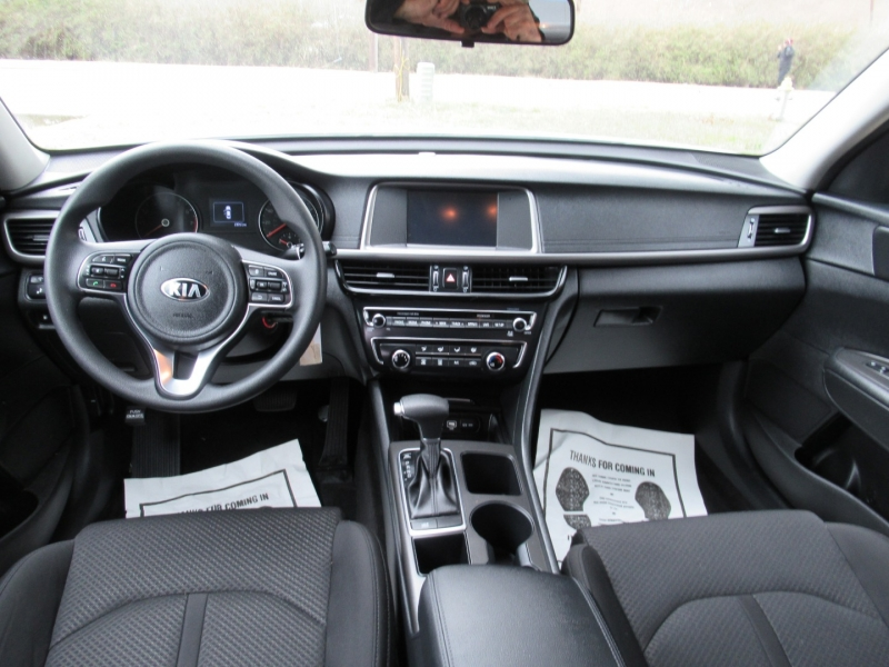 Kia Optima 2018 price $11,850