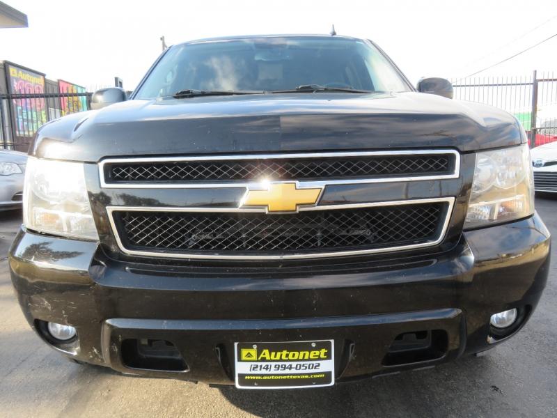 Chevrolet Suburban 2012 price $10,980