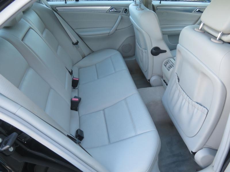 Mercedes-Benz C-Class 2006 price $5,490