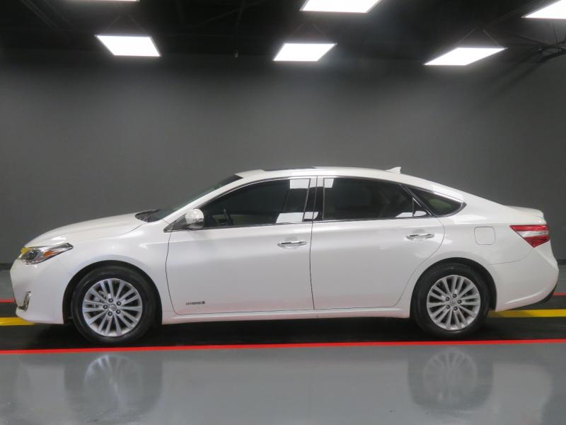 Toyota Avalon Hybrid 2013 price $12,995