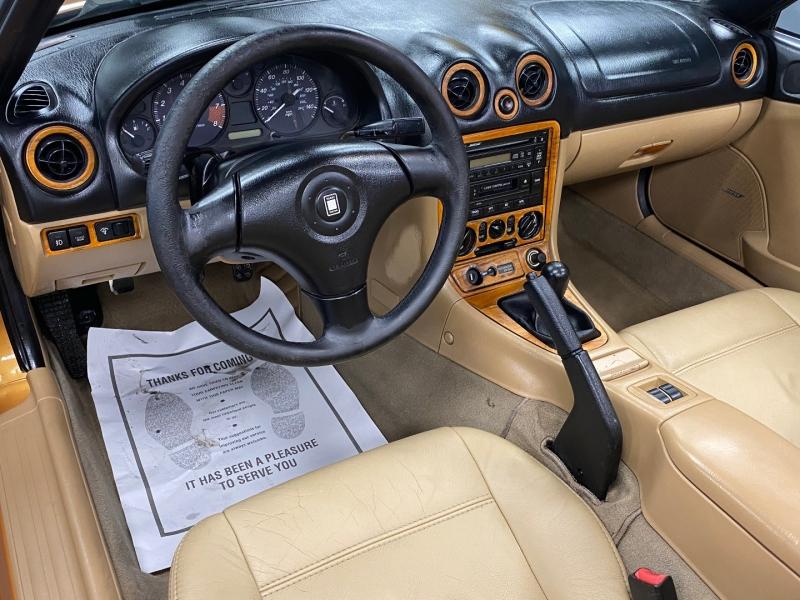 Mazda MX-5 Miata 2000 price $4,850