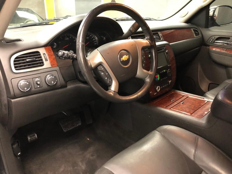 Chevrolet Suburban 2013 price $12,950
