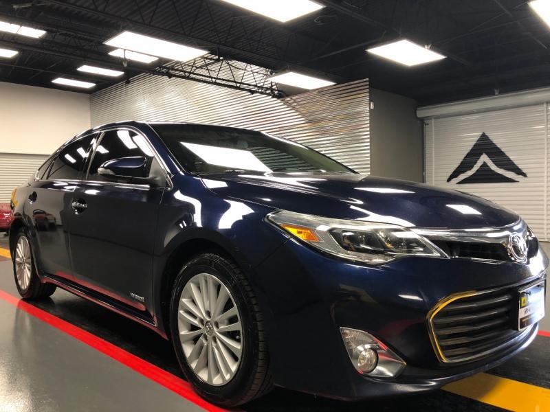 Toyota Avalon Hybrid 2013 price $10,590
