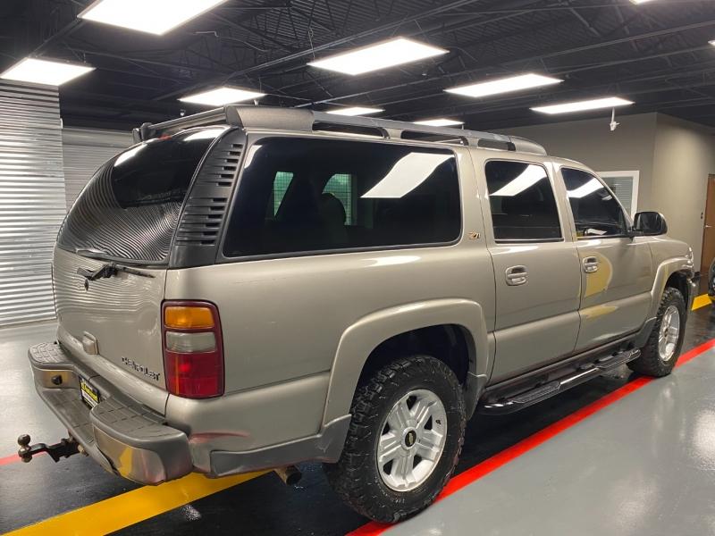 Chevrolet Suburban 2003 price $5,995