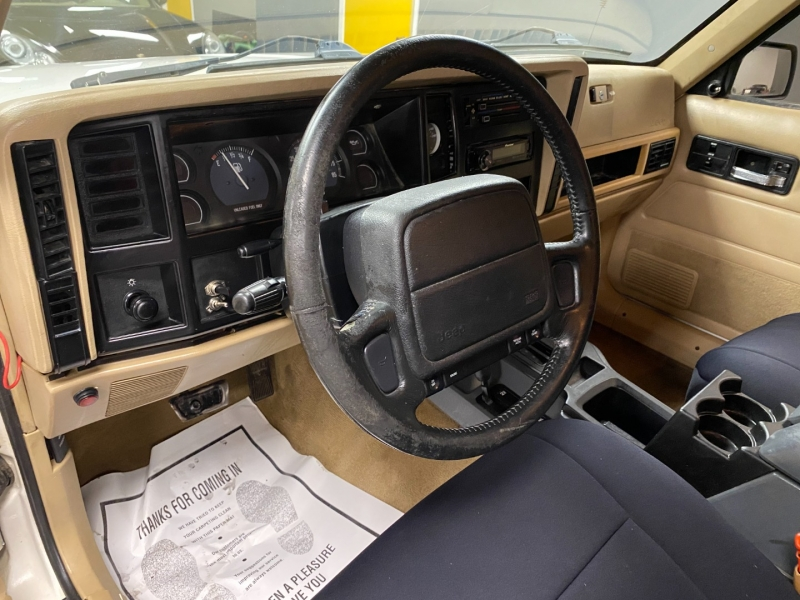 Jeep Cherokee 1996 price $6,999
