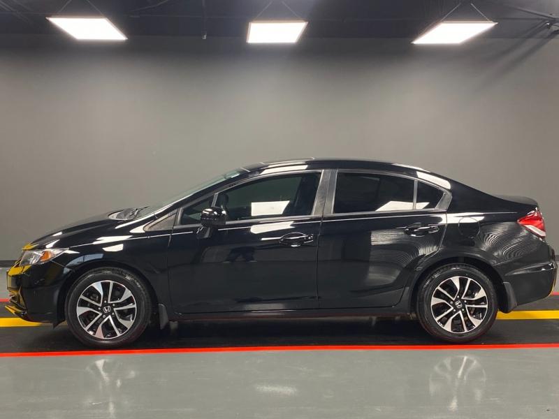 Honda Civic Sedan 2015 price $10,980