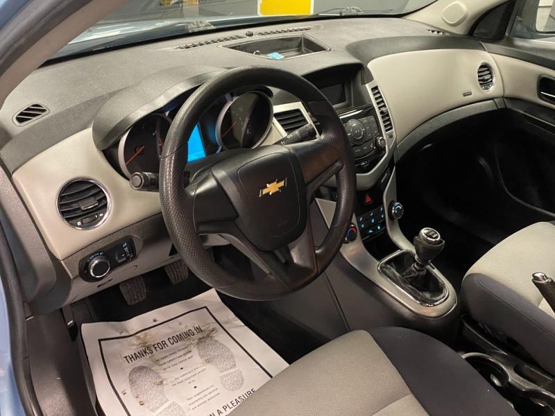 Chevrolet Cruze 2012 price $6,999