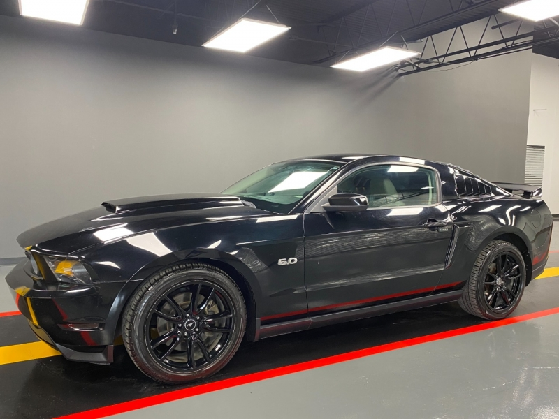 Ford Mustang 2011 price $14,999