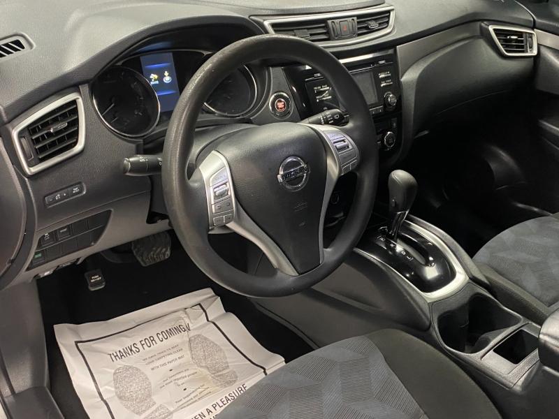 Nissan Rogue 2016 price $12,850