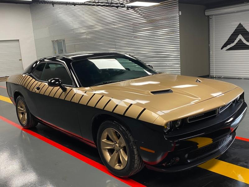 Dodge Challenger 2017 price $18,980