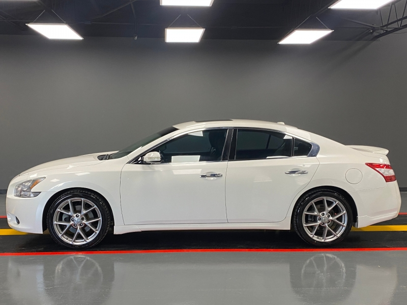 Nissan Maxima 2010 price $7,590