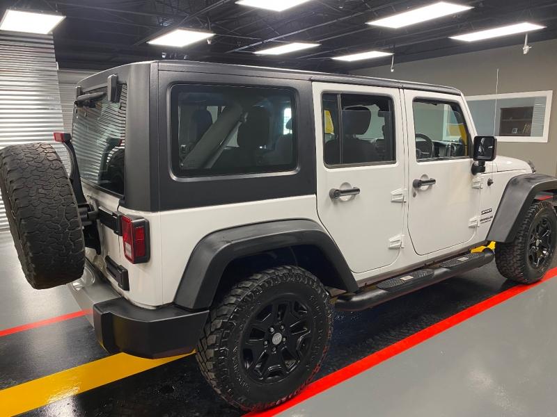Jeep Wrangler Unlimited 2014 price $24,995