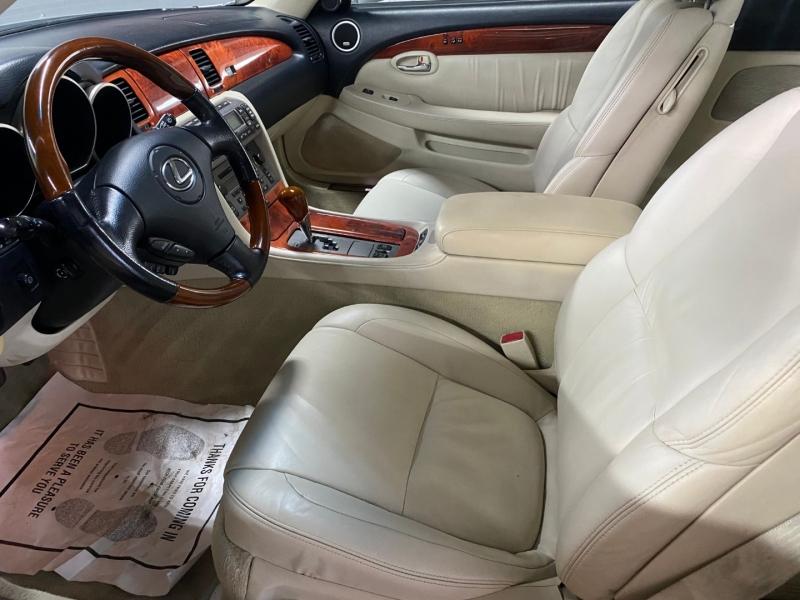 Lexus SC 430 2006 price $13,980