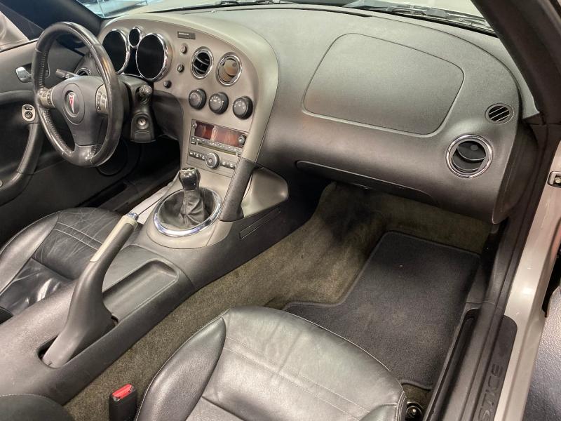 Pontiac Solstice 2006 price $9,850