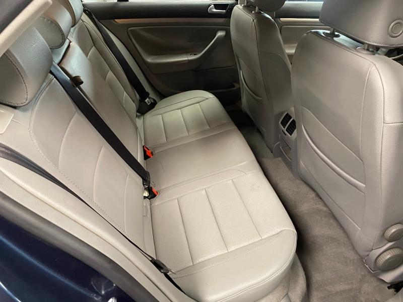 Volkswagen Jetta Sedan 2006 price $4,999
