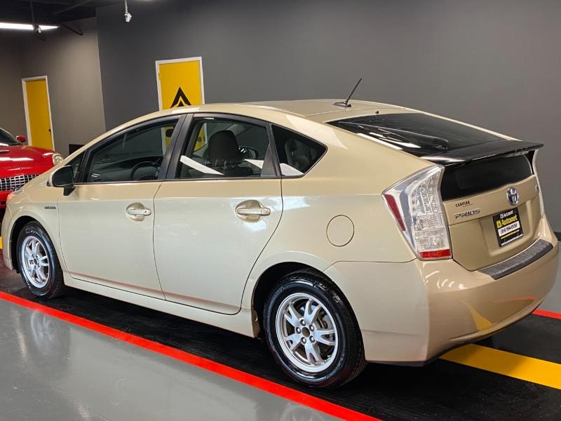 Toyota Prius 2010 price $7,595