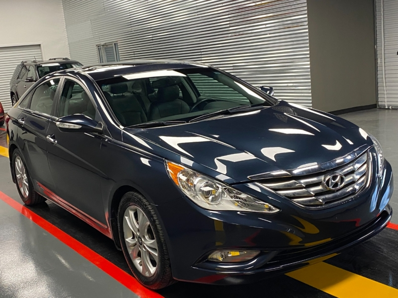 Hyundai Sonata 2011 price $11,590