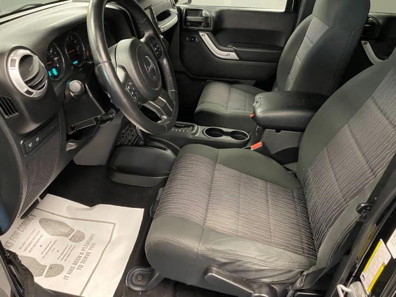 Jeep Wrangler Unlimited 2011 price $23,850
