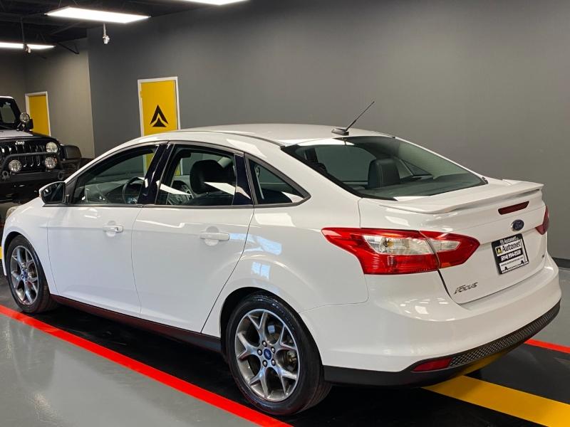 Ford Focus 2014 price $9,490