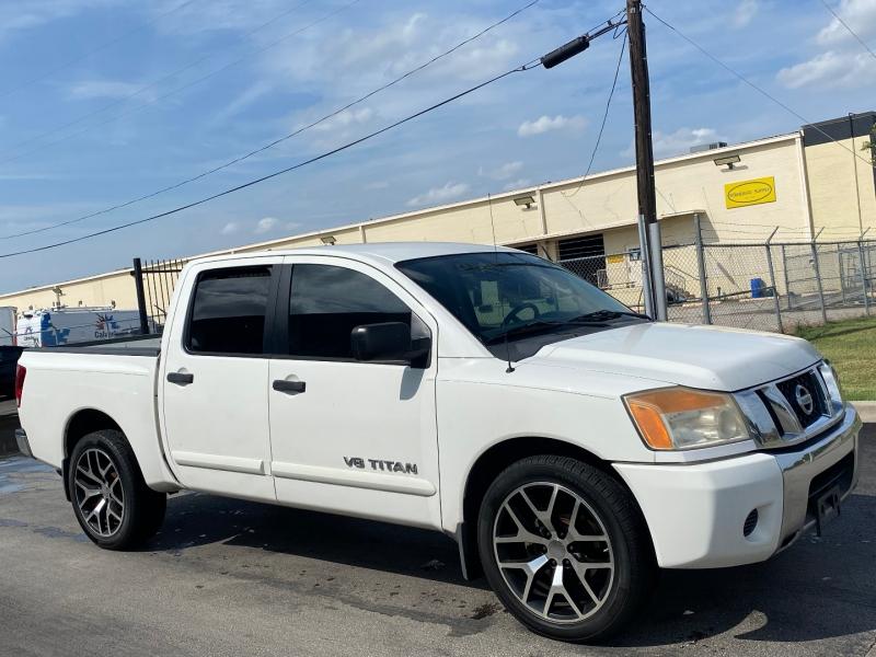 Nissan Titan 2010 price $9,850