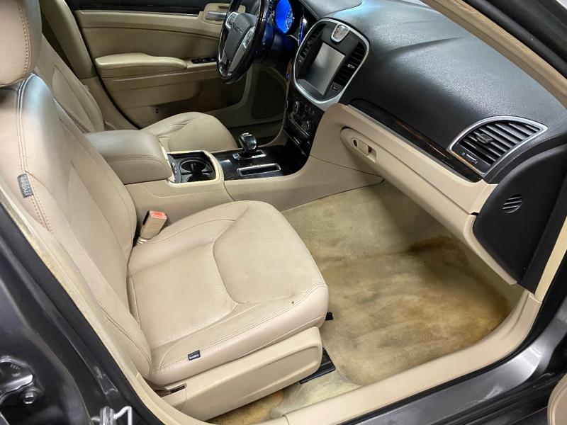 Chrysler 300 2012 price $8,850