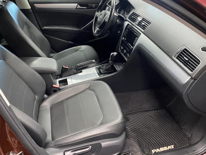 Volkswagen Passat 2012 price $9,590
