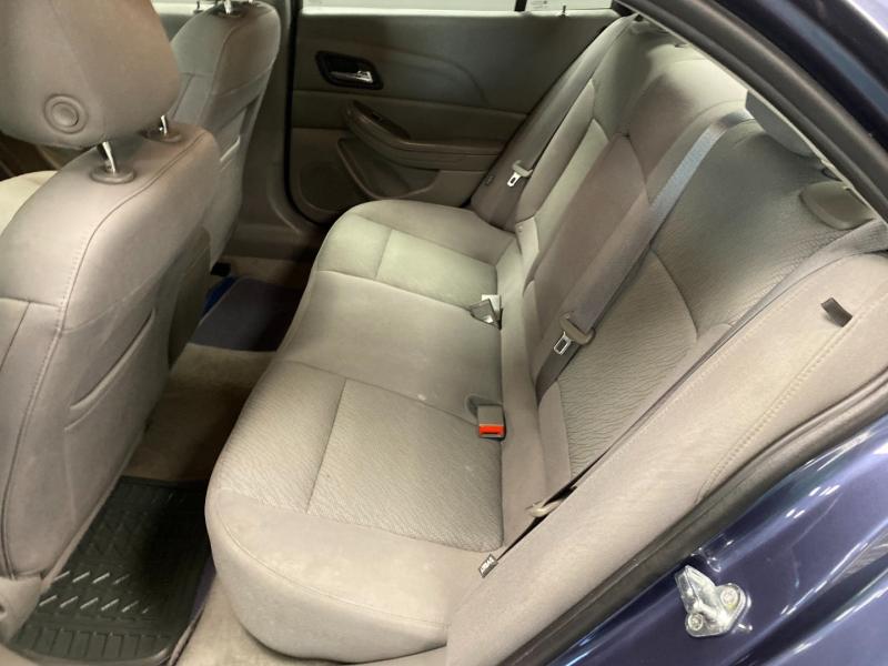Chevrolet Malibu 2015 price $10,490