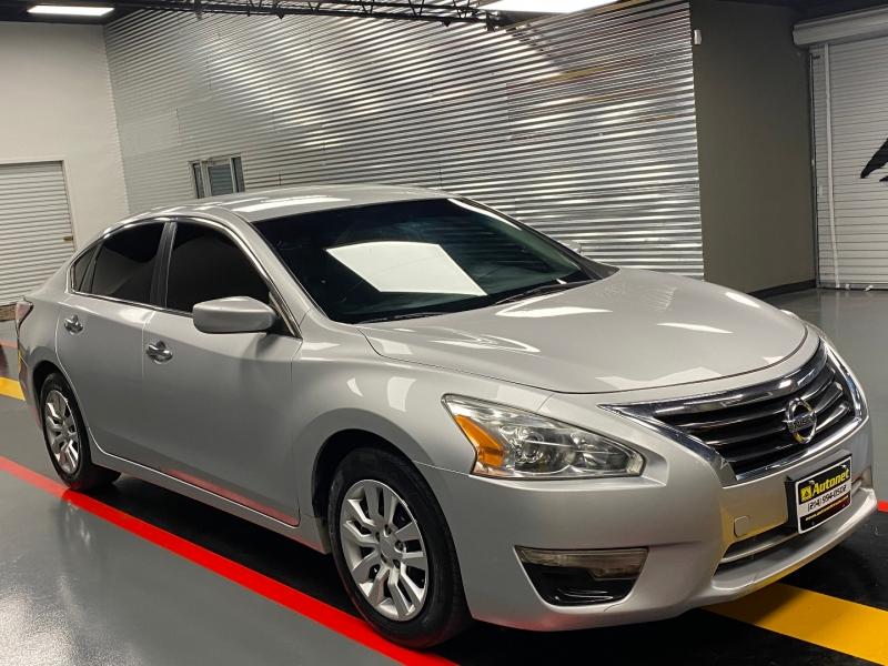 Nissan Altima 2015 price $6,850
