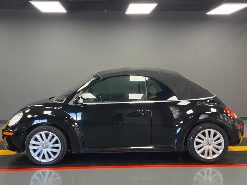 Volkswagen New Beetle Convertible 2008 price $5,995