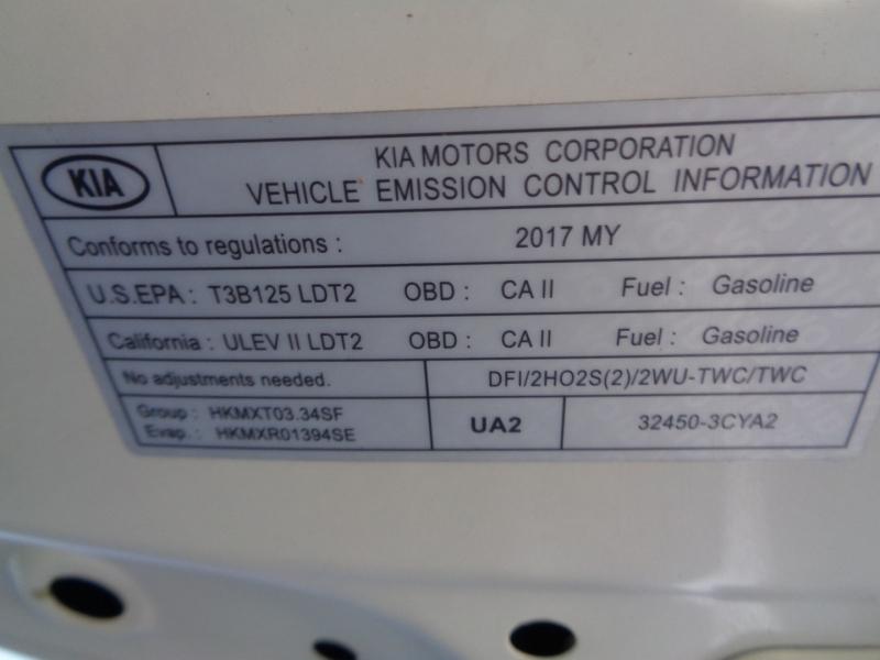 Kia Sedona 2017 price $18,588