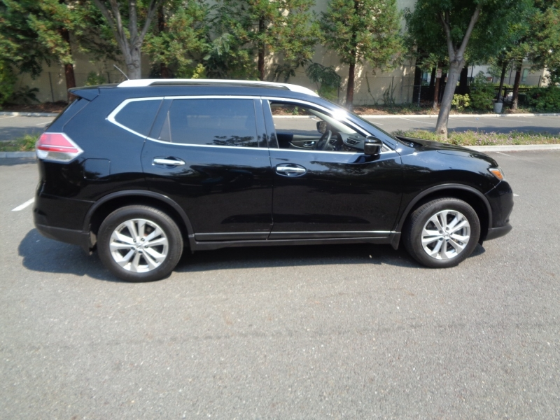 Nissan Rogue 2014 price $10,990