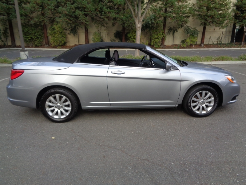 Chrysler 200 2014 price $10,990