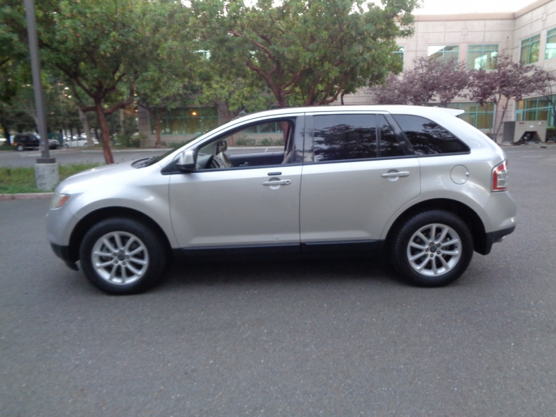 Ford Edge 2009 price $9,990