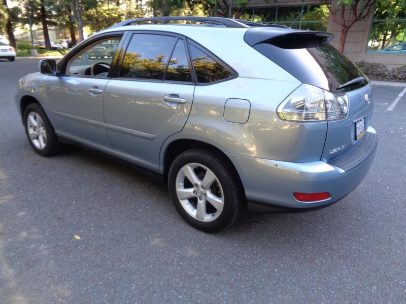 Lexus RX 330 2005 price $9,990