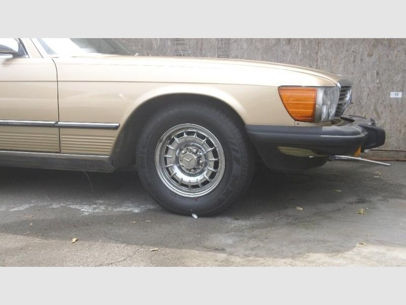 Mercedes-Benz SL-Class 1984 price $9,990