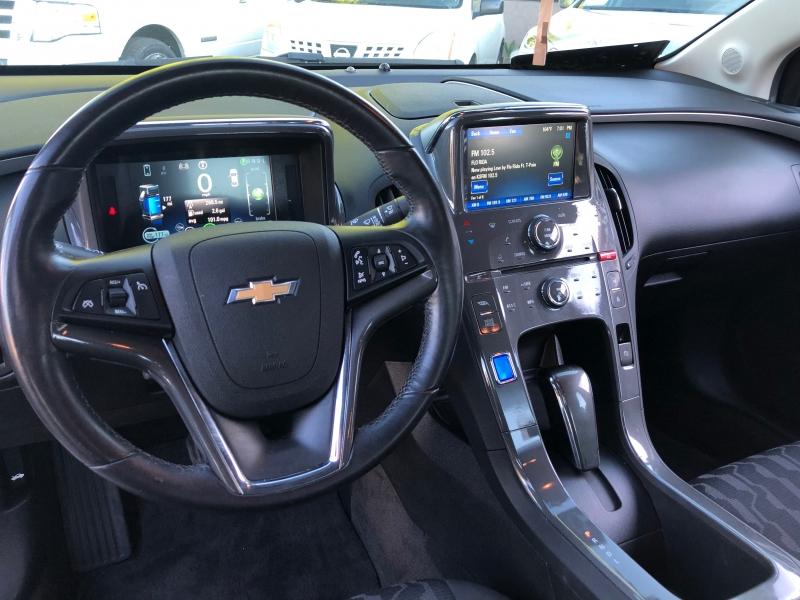 Chevrolet Volt 2015 price $10,998