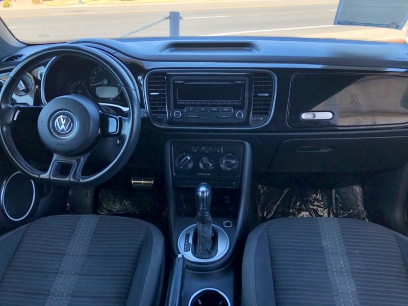Volkswagen Beetle 2dr Cpe DSG 2.0T Turbo PZEV 2012 price $8,998