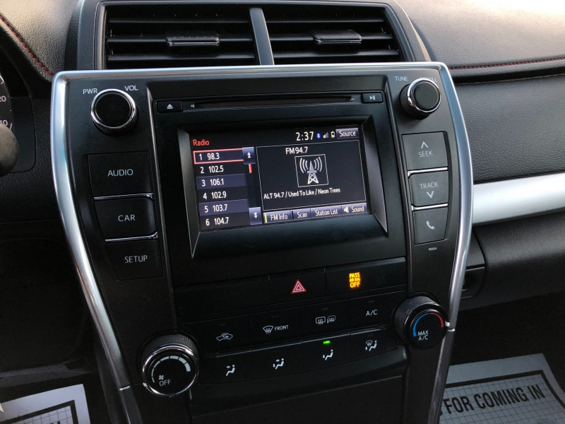 Toyota Camry SE 2017 price $13,498