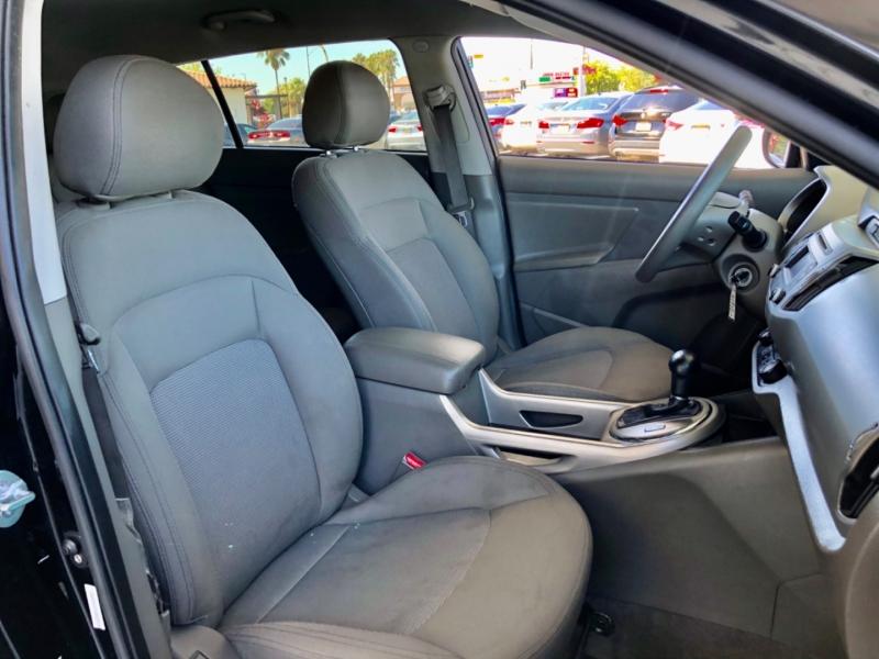 Kia Sportage AWD LX 2014 price $9,998