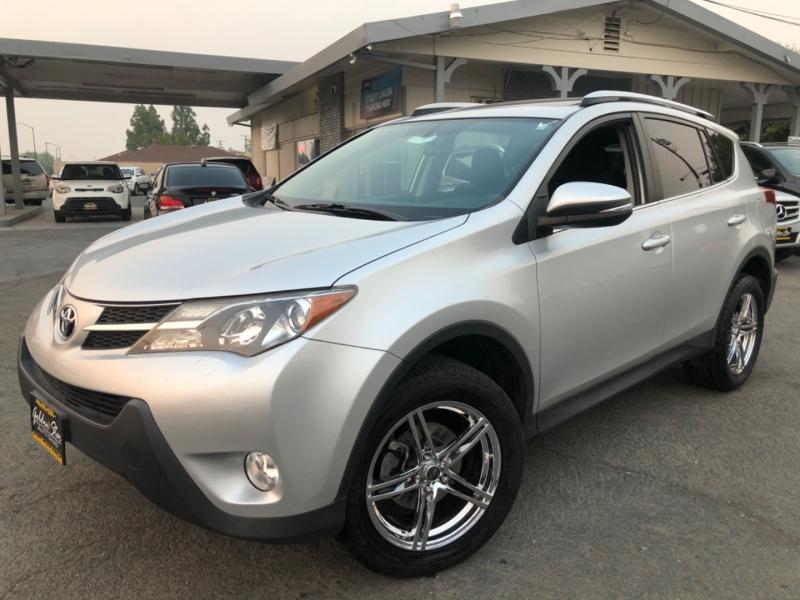 Toyota RAV4 XLE 2013 price $14,498