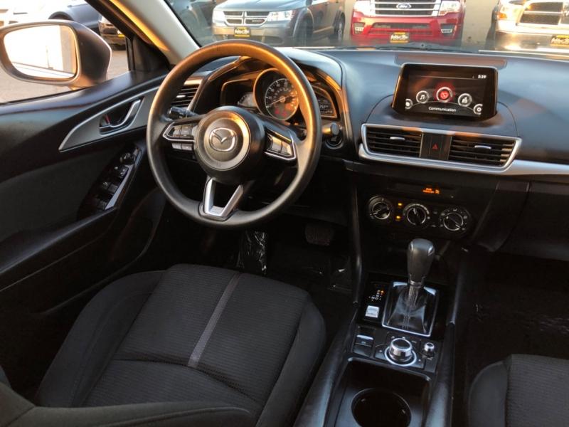 Mazda Mazda3 Sport 2017 price $11,998