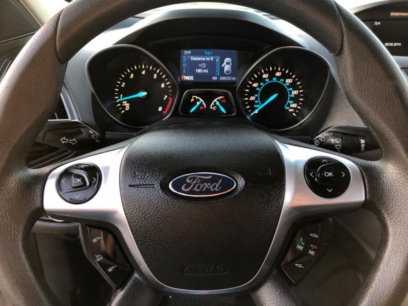 Ford Escape S FWD 2014 price $8,998