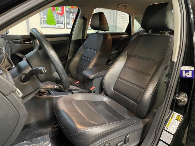 Volkswagen Passat 2015 price $10,998