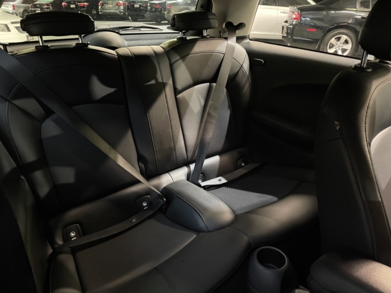 Mini Cooper Hardtop 2015 price $11,498