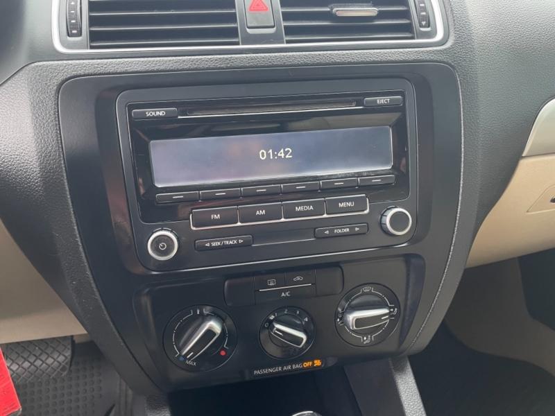 Volkswagen Jetta SE 2013 price $7,498