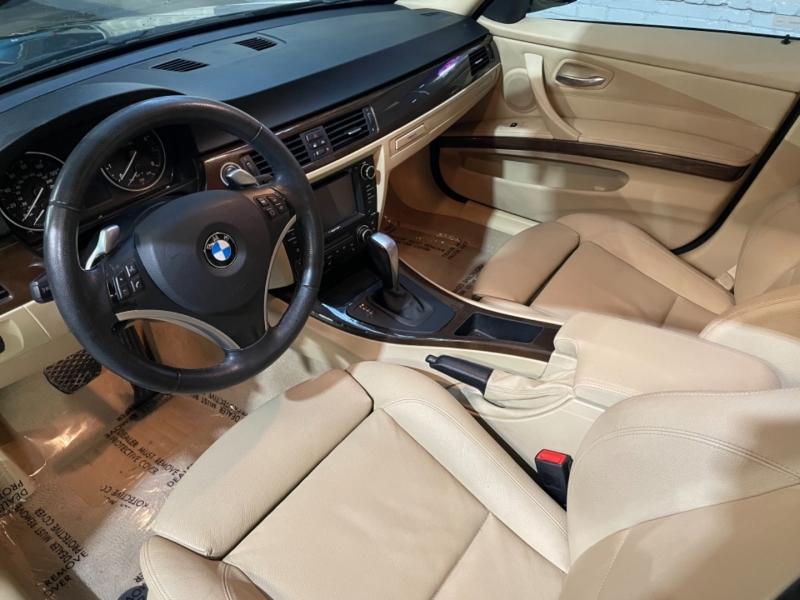 BMW 335i Sport 2010 price $10,495