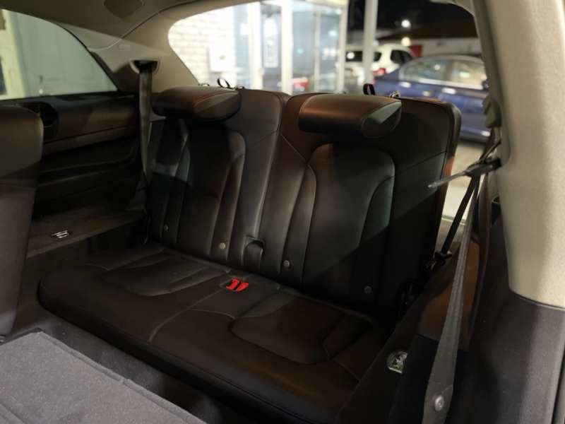Audi Q7 2015 price $23,998